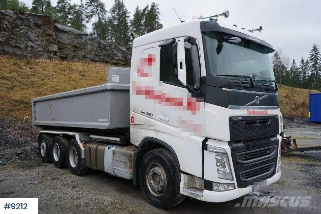 Volvo FH540 8x4 hook truck with only 66000 km