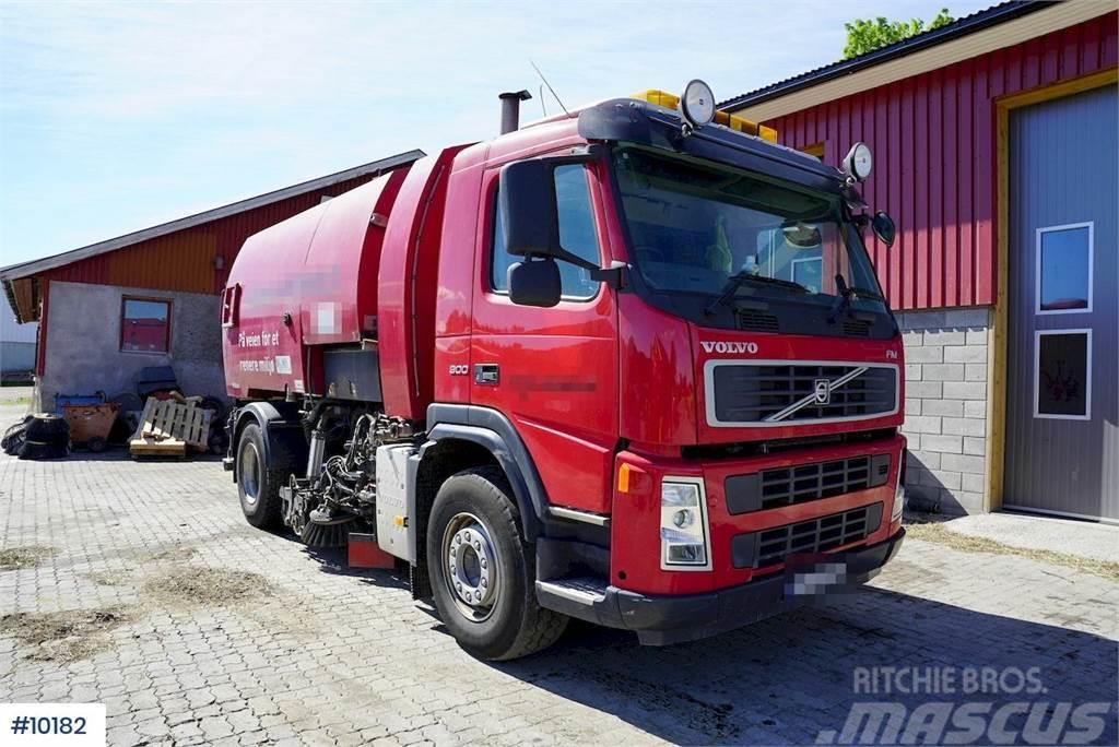 Volvo FM300 4x2 sweeper