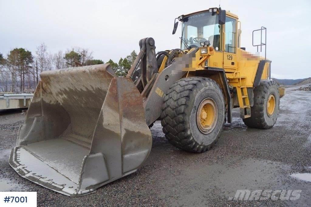 Volvo L180 E with weight and printer