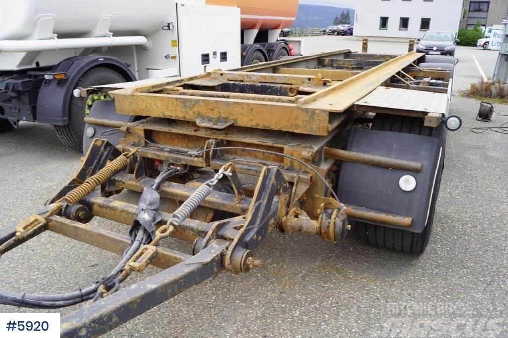 Wilco 3 axle hook trailer
