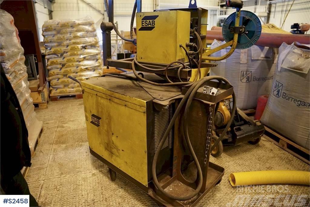 Esab LAA600 Welding Machine
