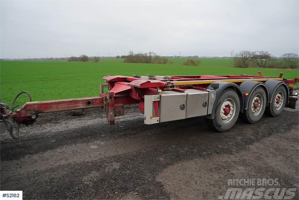 Istrail TK-138/15C 3 axle Hook Truck Jigg