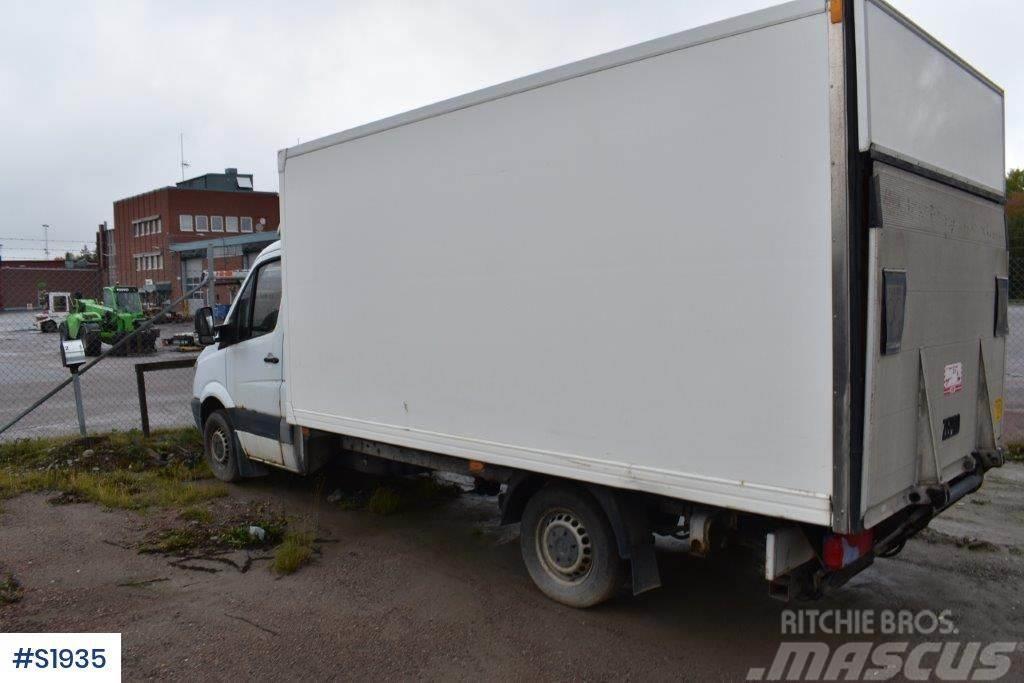 Mercedes-Benz 906 Box Truck