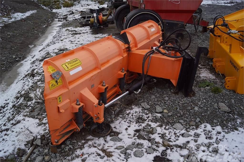 Pronar PUV-3300, hydraulic snow plow