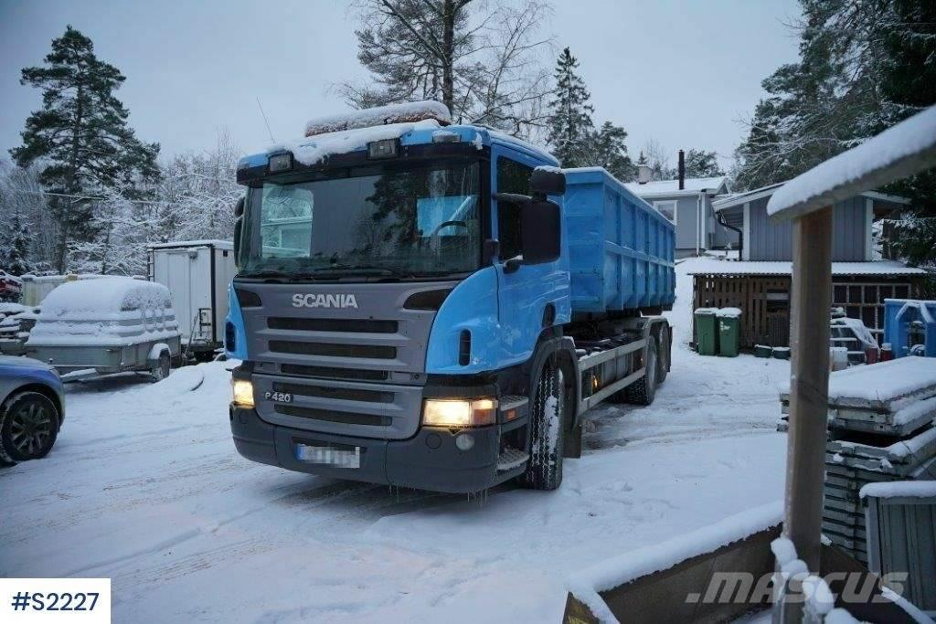 Scania P420 Hook Truck