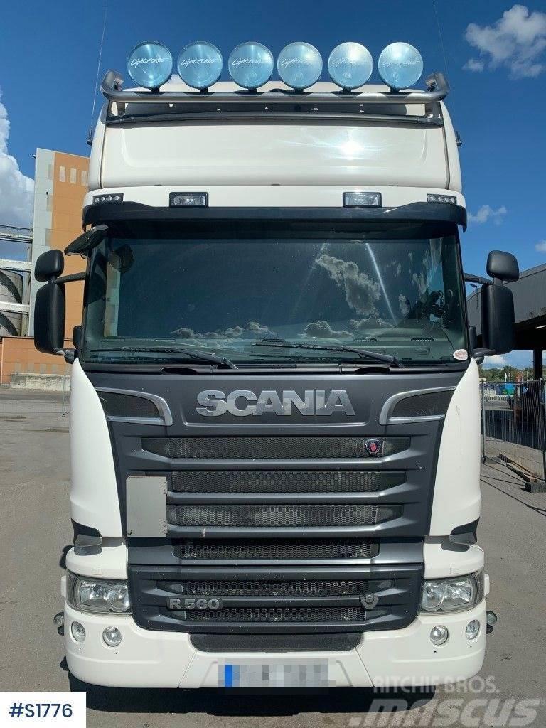 Scania R560 V8 6x2/4 Dragbil Tractor Head
