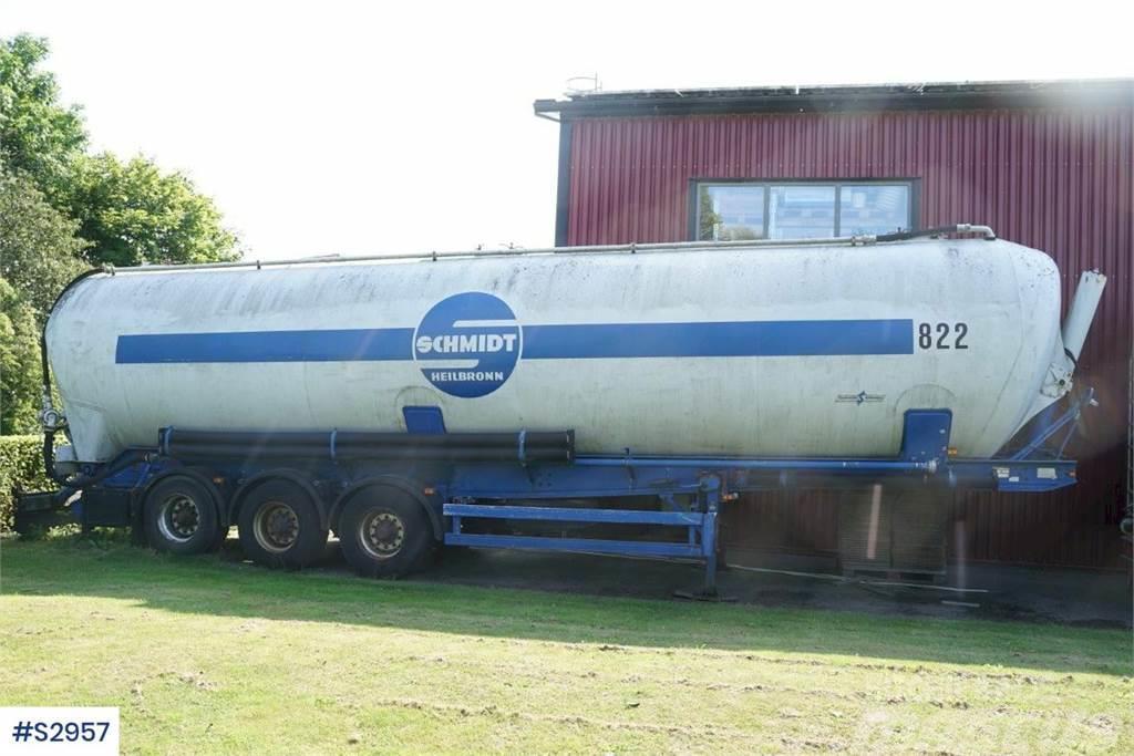 Spitzer SK 2760, Bulk trailer