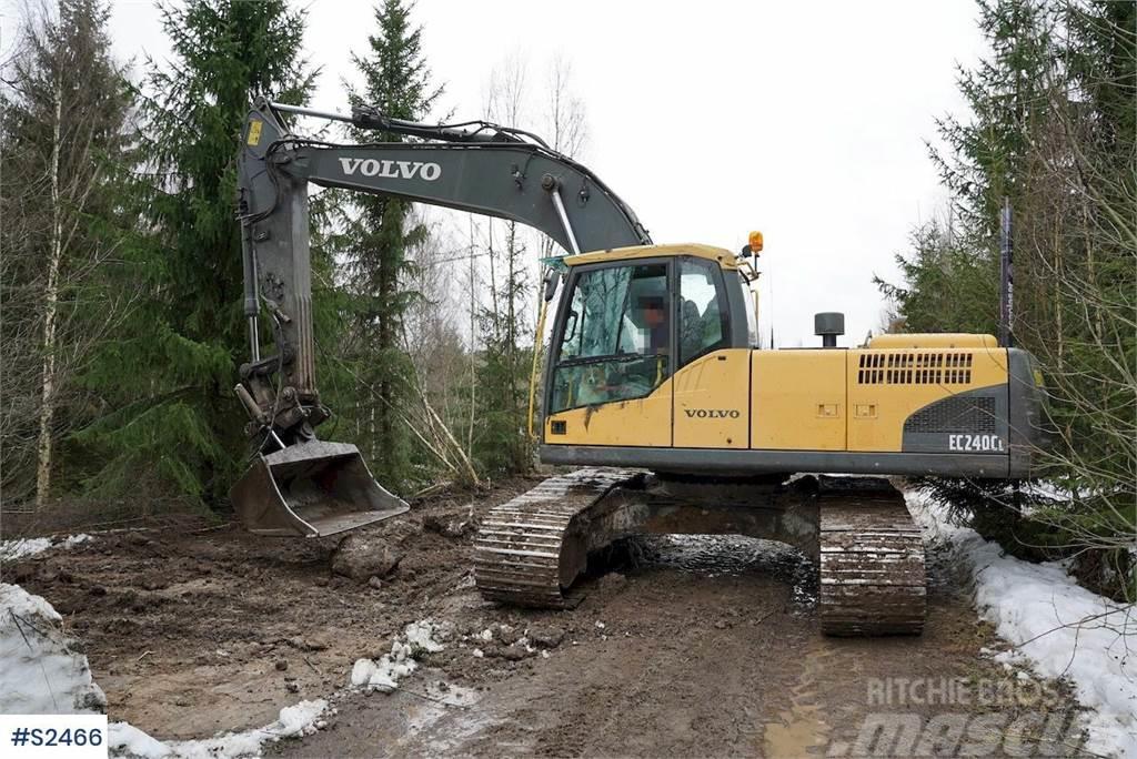 Volvo EC240CL Excavator