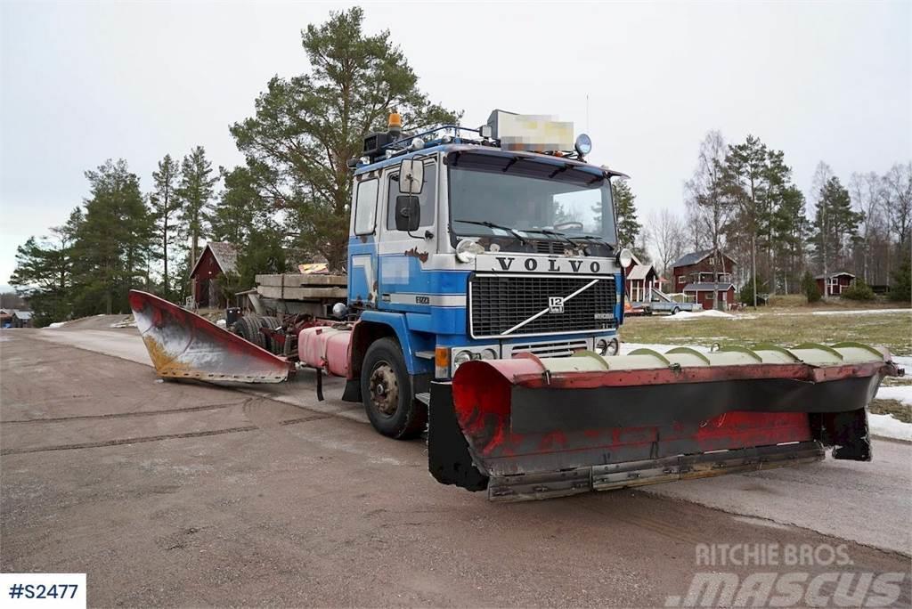 Volvo F1223 6x4 Plow Truck