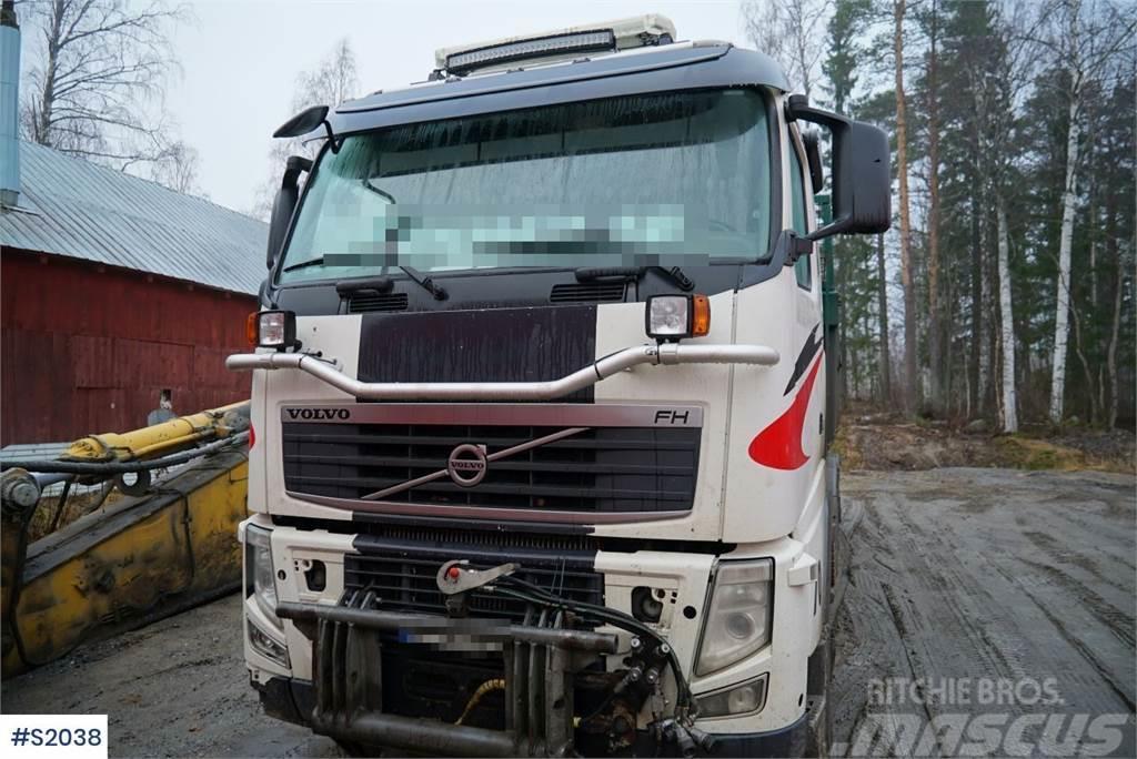 Volvo FH 520 8x4 Tipp Truck with SLP Trailer