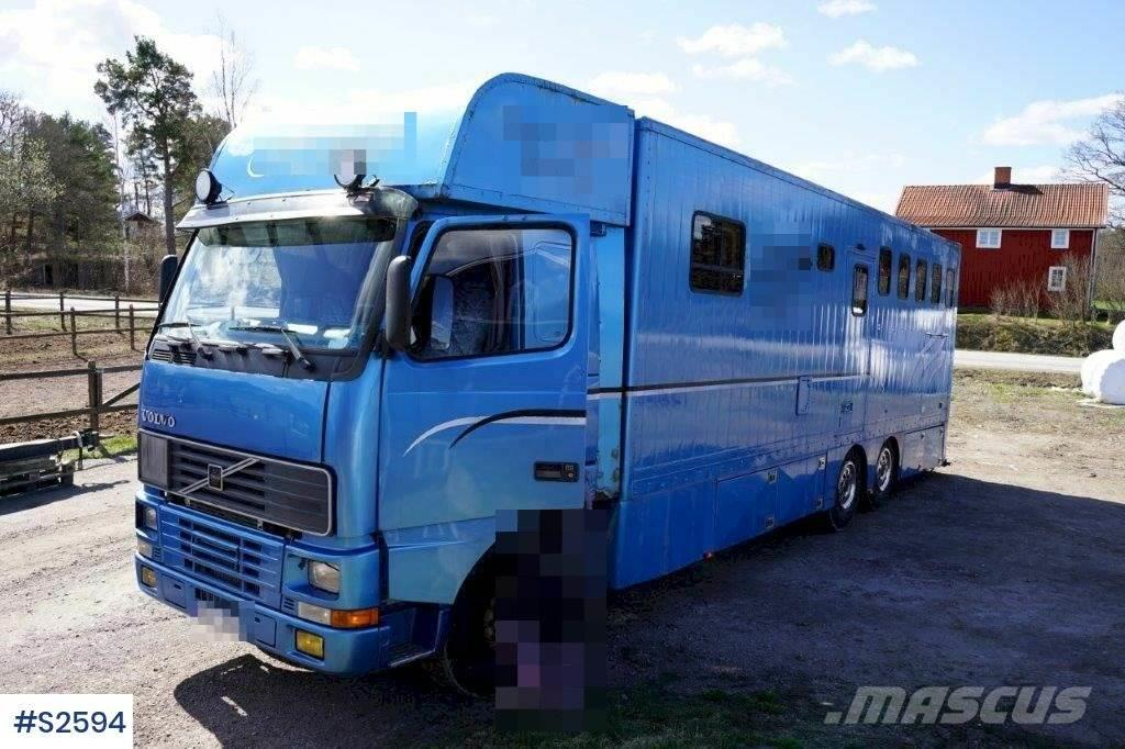 Volvo FH12 6x2 Horse Transport Truck approved for 5 hors