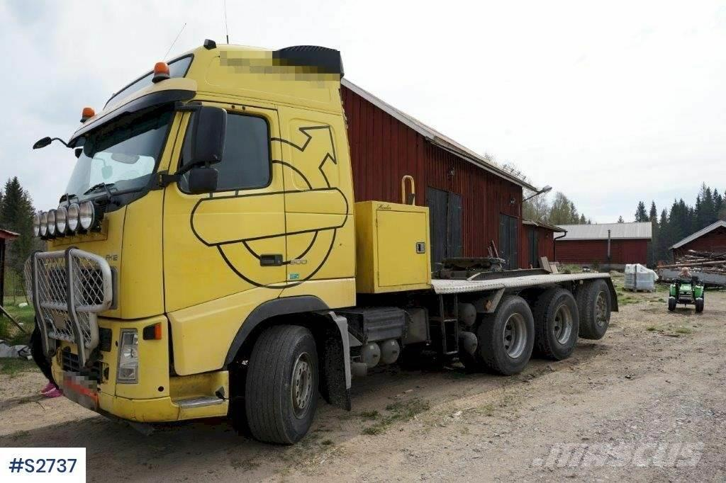 Volvo FH12 8x4 Heavy Tractor Head