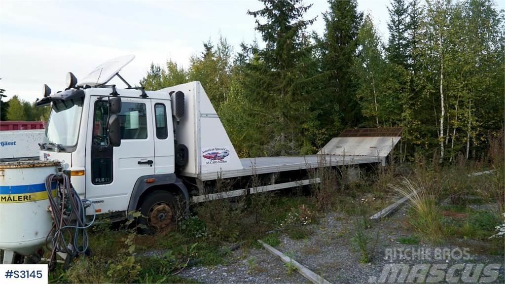 Volvo FL 611 Machine Transport Truck