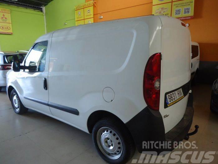 Fiat Dobló Cargo 1.3Mjt Base 90 E5+