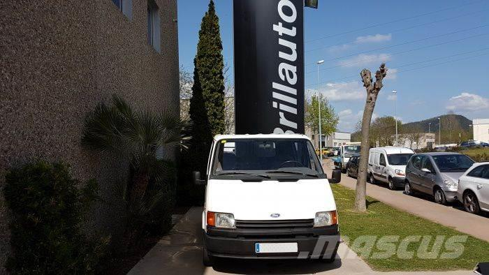 Ford Transit FT 100 Mixto
