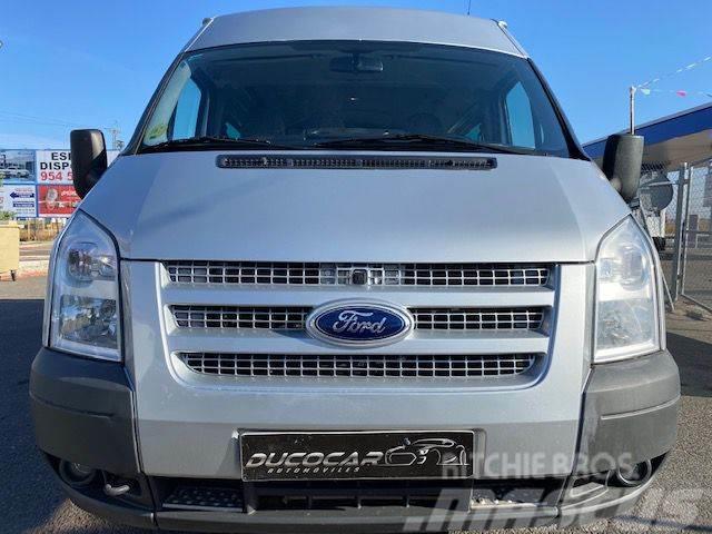 Ford Transit FT 330M Kombi 140