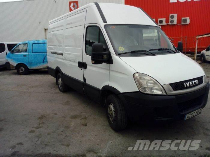 Iveco Daily Family 35S14SV Transversal 3300RS 12.0