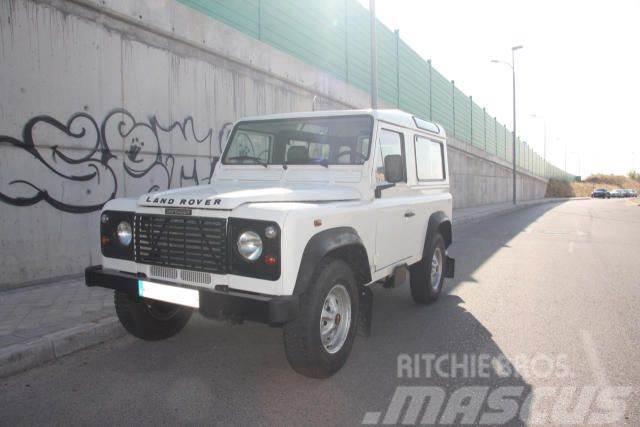 Land Rover Defender 90TDI Techo Duro Comercial