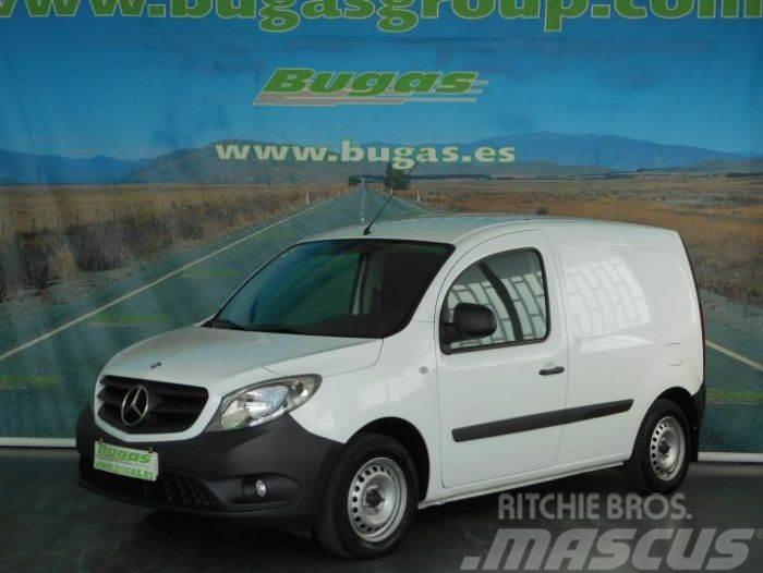 Mercedes-Benz CITAN MERCEDES 108-1.5 CDI 75 CV FG. CERRADA PUERT