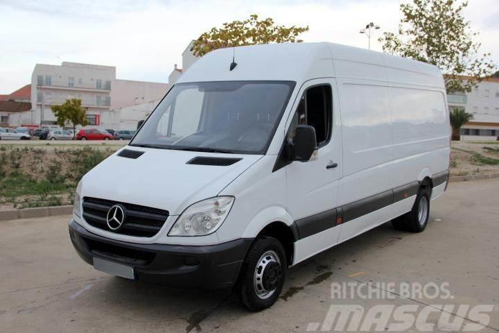 Mercedes-Benz Sprinter 513 CDI 130 Furgón Largo