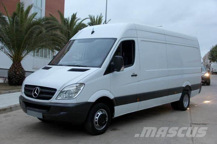 Mercedes-Benz Sprinter 513 CDI 130 Furgón Largo