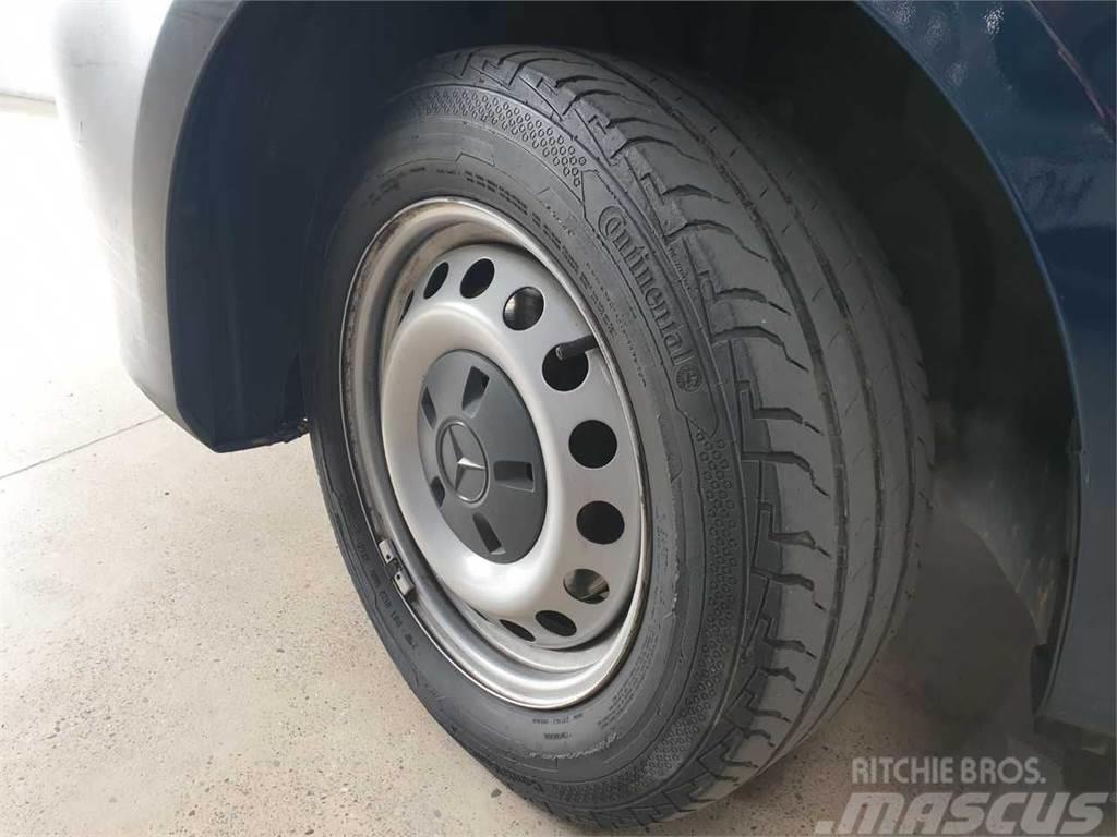 Mercedes-Benz Vito 211 CDI 6 PLAZAS LARGA
