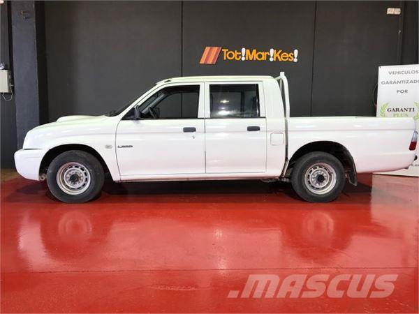 used mitsubishi l200 club cab 4x2 panel vans year 2001 price 7 637 for sale mascus usa. Black Bedroom Furniture Sets. Home Design Ideas
