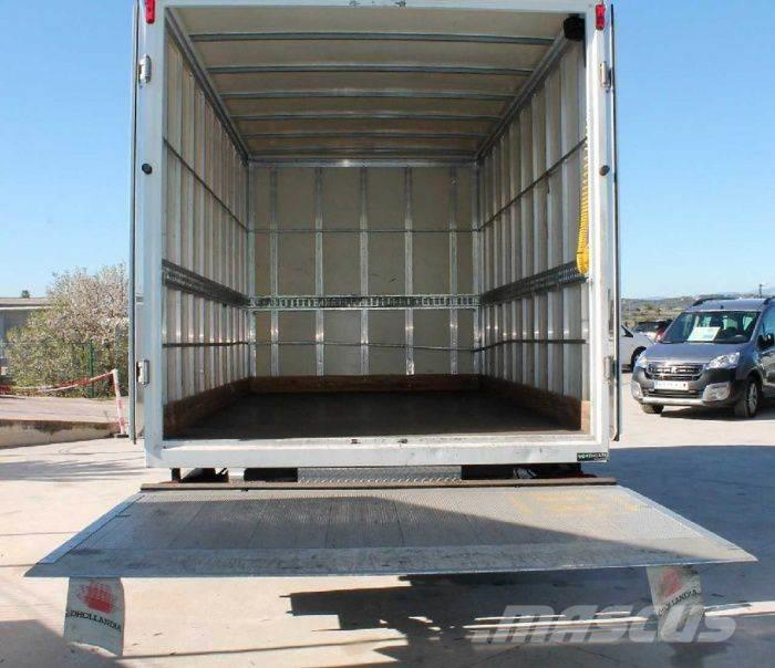 Nissan Cabstar 2.5 DCI 121 PS 35.12/2 NT400