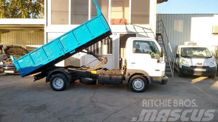 Nissan Cabstar TL125. 35/1 Cabina Abatible
