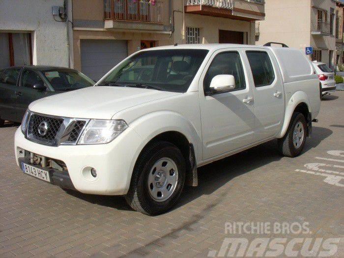 Nissan Navara 2.5dCi XE DCb. 4x4