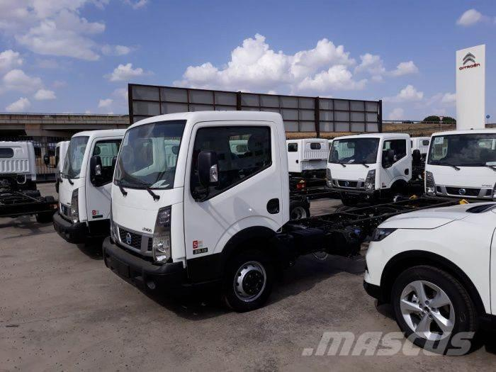 Nissan NT400 CABINA ABATIBLE 35 130CV L3 CAJA ABIERTA ALU
