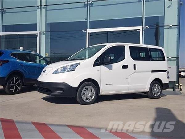 used nissan nv200 e combi comfort 5 panel vans year 2017 price 30 731 for sale mascus usa. Black Bedroom Furniture Sets. Home Design Ideas