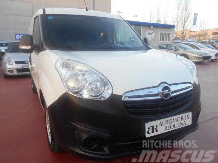 Opel Combo Tour 1.3CDTI Expression L1H1 90