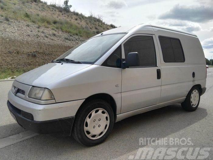 Peugeot Expert Combi 5 Mixto 2.0HDI