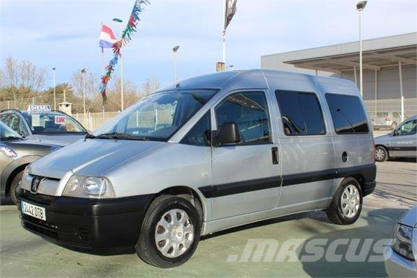 used peugeot expert combi 8 2 0hdi 250 c panel vans year 2005 price 6 964 for sale mascus usa. Black Bedroom Furniture Sets. Home Design Ideas