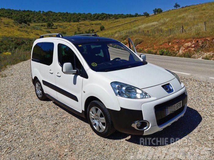 Peugeot Partner 1.6HDI 90 Combi Plus