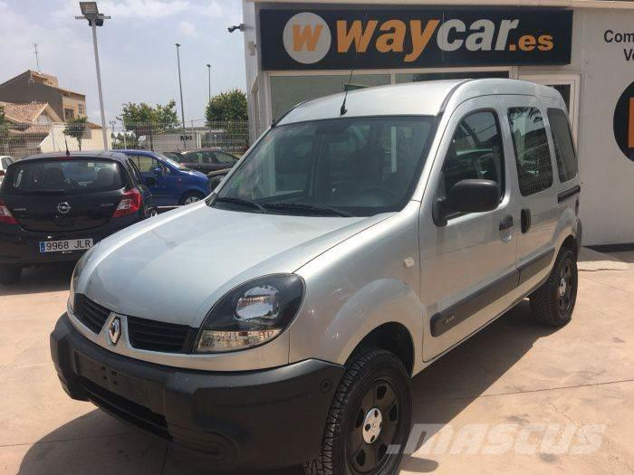 renault kangoo 1.6 16v luxe privilege 4x4_panel vans year of mnftr