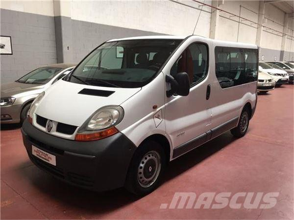 used renault trafic 1 9dci passenger authentique 100 panel vans year 2005 price 6 137 for. Black Bedroom Furniture Sets. Home Design Ideas
