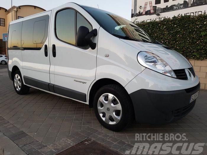 Renault Trafic 2.0dCi Opti Passenger Combi9 27C E5