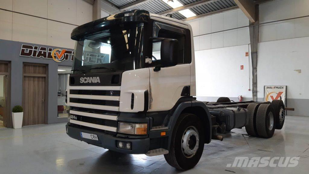 Scania P124G 420 6X2 3 eje elevable direccional
