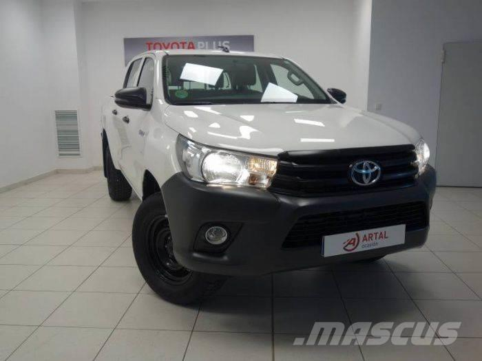 Toyota Hilux 2.5 D-4D CABINA DOBLE AIRE ACOND. GX PICK