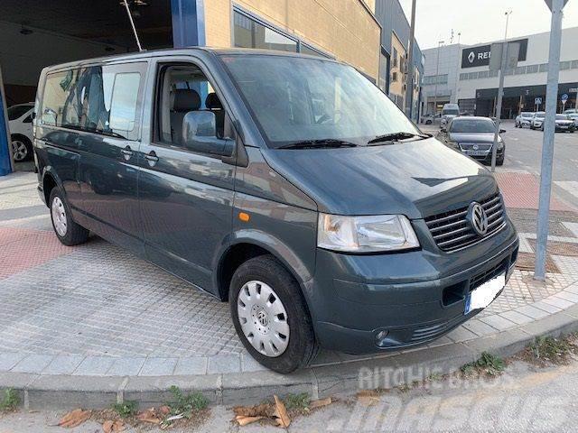 Volkswagen Caravelle Comercial 2.5TDI Comfortline 4M