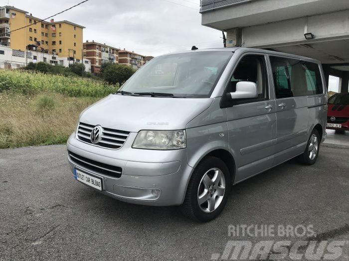 Volkswagen Multivan 2.5TDI Highline 174