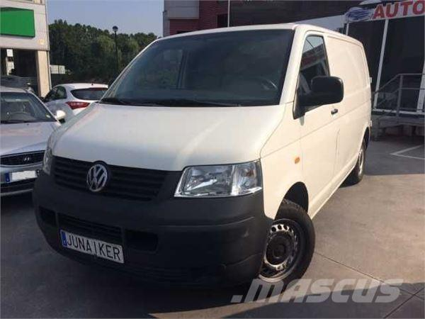 volkswagen transporter 1 9tdi 104 occasion prix 9 900 ann e d 39 immatriculation 2006. Black Bedroom Furniture Sets. Home Design Ideas