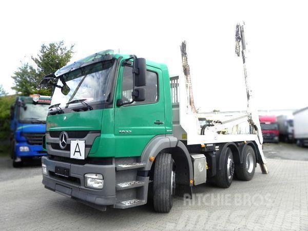 Mercedes-Benz Axor 2533 (E5) 6x2 Teleskop Absetzkipper + Waage,