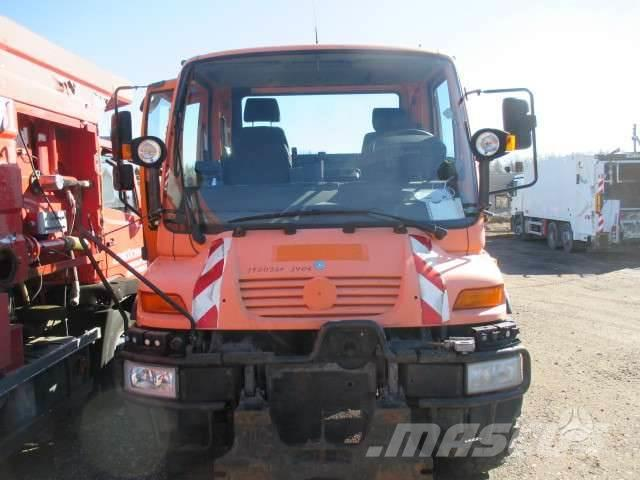 Mercedes-Benz UNIMOG 405/12