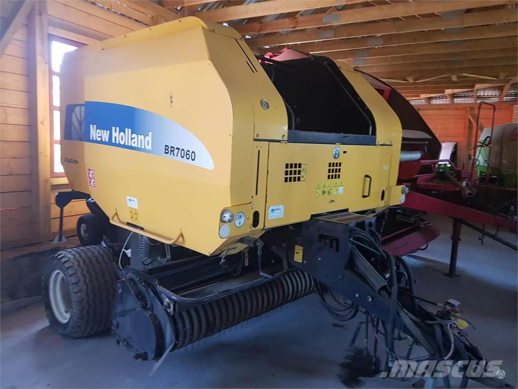 New Holland BR7060 Crop Cutter
