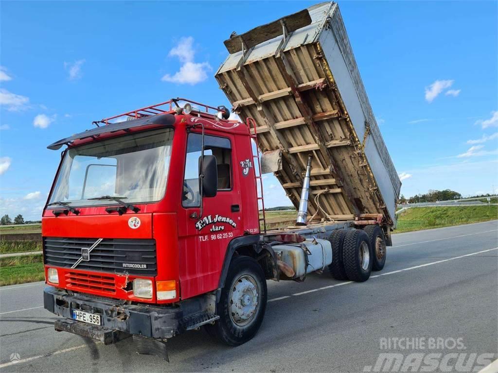 Volvo FL 10 6x2 grūdvežis