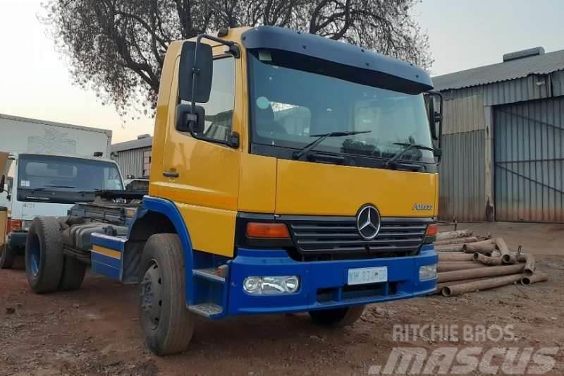 Mercedes-Benz Atego 1523 Truck Tractor 4x2