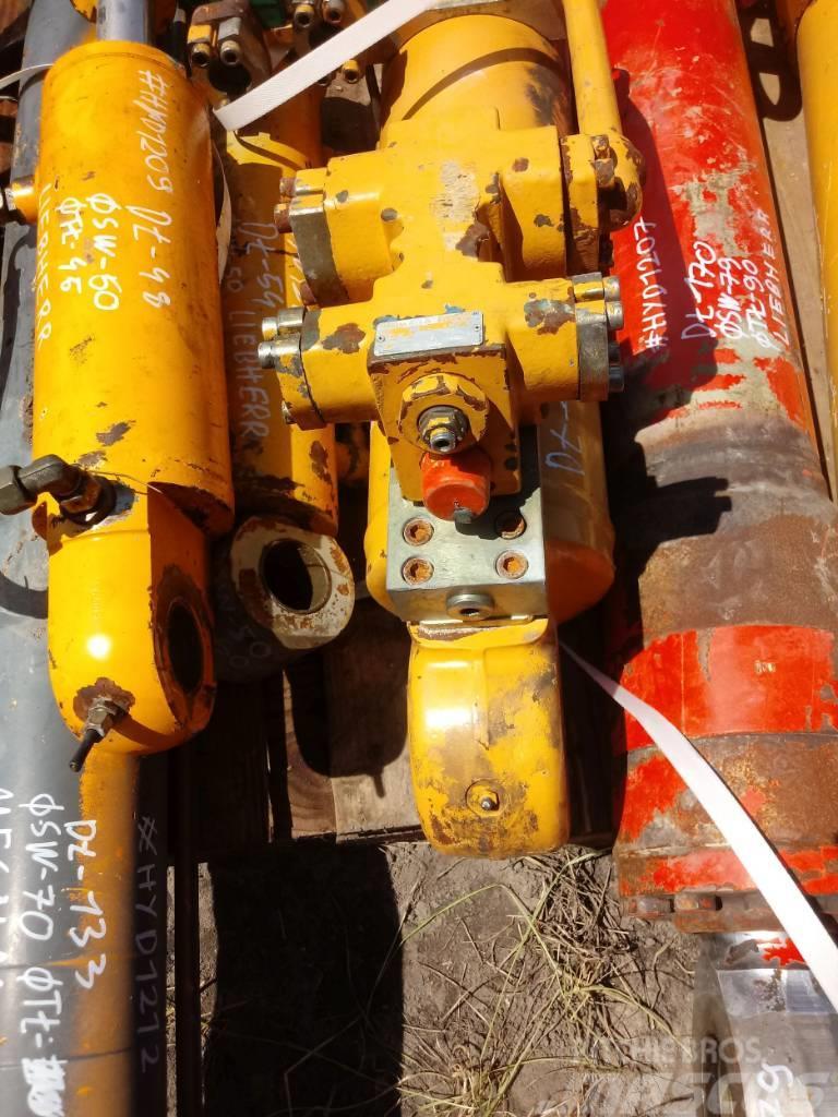 Liebherr Siłownik Liebherr Hydraulic cylinder 145 80 85